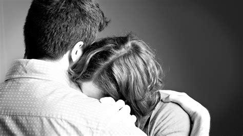 wann sinkt das risiko einer fehlgeburt trauer nach einer fehlgeburt was dir helfen kann netmoms de
