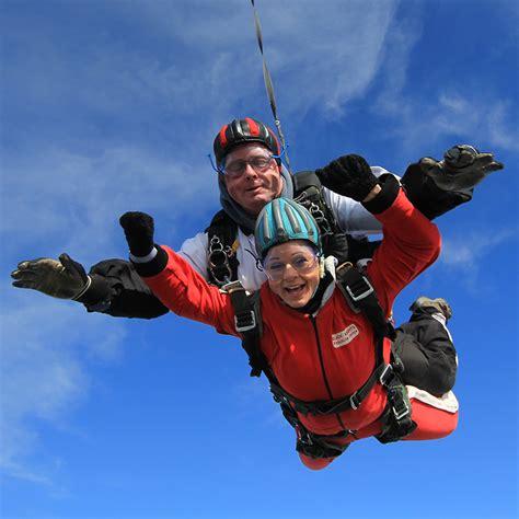 parachute dive tandem skydive parachute jump black knights lancashire