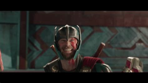 thor ragnarok caly film thor ragnarok review marvel flexes comedy muscles cnn