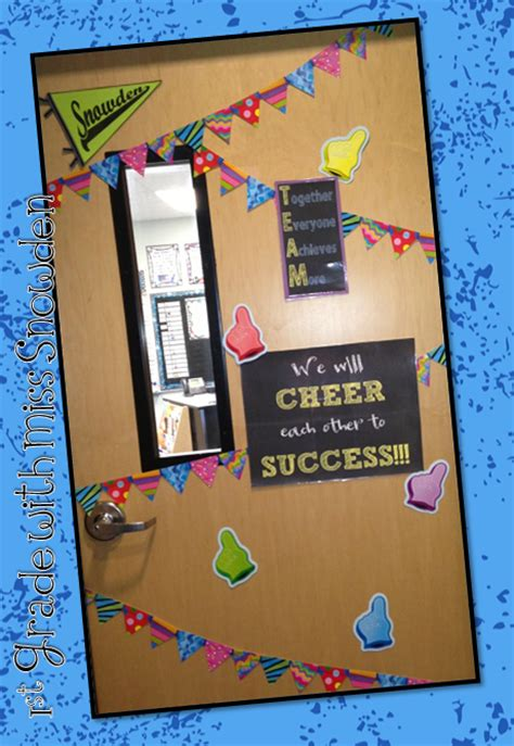 life in first grade my new door 1st grade with miss snowden monday made it
