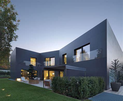 haus privat house in sassuolo by enrico iascone architetti 2