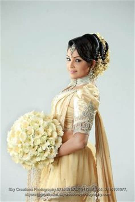 Bridesmaid Akila Dress what a beautiful large low bun with real flower gajra