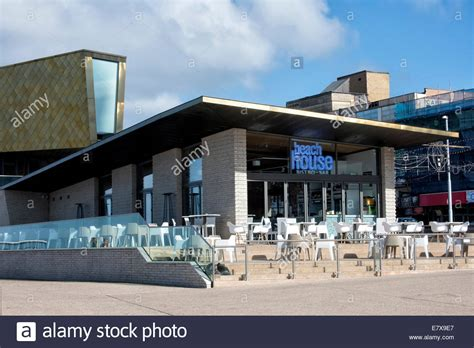 beach house restaurant the beach house restaurant and caf 233 situated on blackpool promenade stock photo