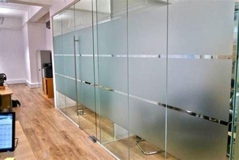 tende adesive per finestre pellicole adesive per vetri finestra come funzionano
