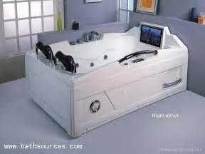 with tv bathtub surf whirlpool spa t