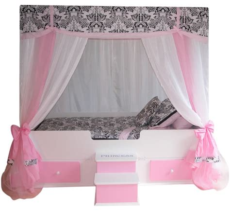 Princess Beds With Canopy by Sophia Canopy Bed With Bedding Pink Princess Canopy Bed
