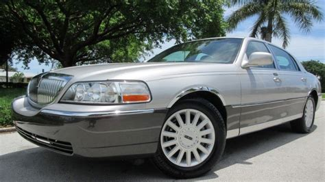 how make cars 2005 lincoln town car free book repair manuals 2005 lincoln town car for sale