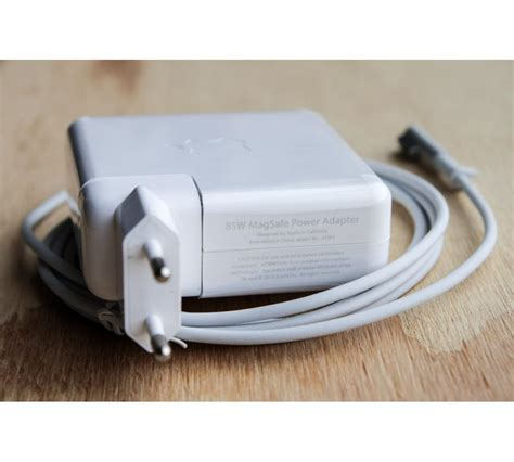 apple macbook 2009 charger apple macbook charger 85w magsafe 1