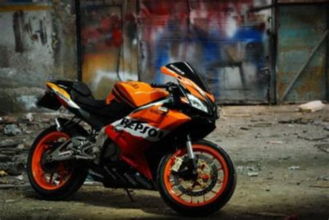 125er Motorrad Mobile by Aprilia Rs 125 In Repsol Style 125er Forum De Motorrad