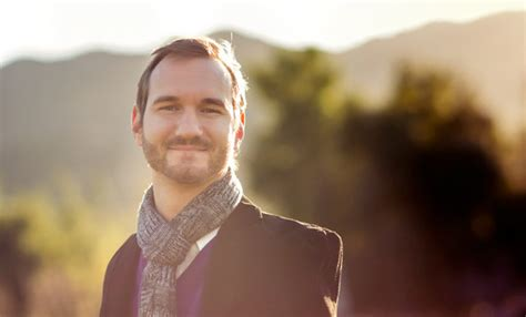nick vujicic mini biography nick vujicic was born without arms or legs but what he