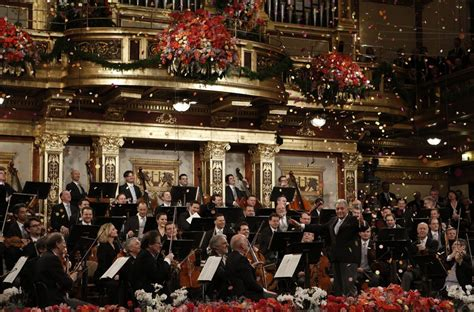 new years concert a wealth of flowers beautiful pictures from the