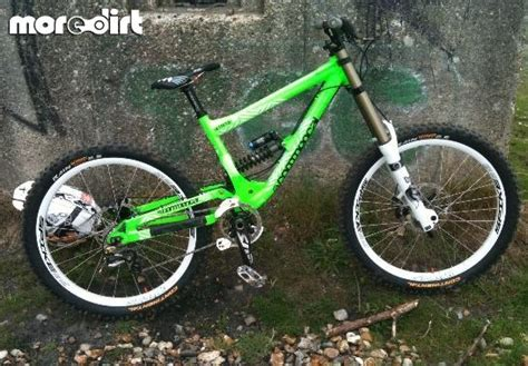 commencal supreme dh 2010 commencal v2 supreme dh 2010 downhill 31120