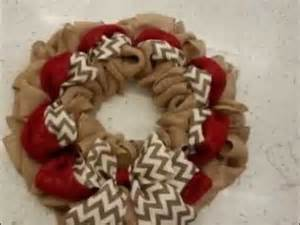 how to make a burlap wreath with two colors 324 best crafts wreaths images on alabama