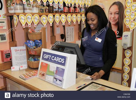 Bob Evans Gift Card Promotions - ta florida temple terrace bob evans restaurant black woman cashier stock photo