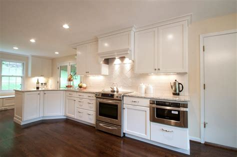 backsplashes with white cabinets white kitchen cabinets backsplash ideas quicua com