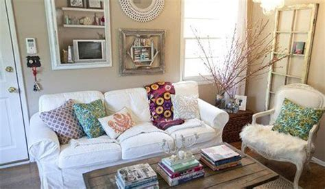 cute living room decor fit throw pillows into your small spaces