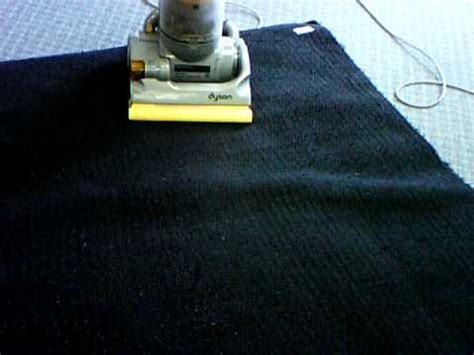 how to vacuum shag rug the easy way to vacuum a shag area rug doovi