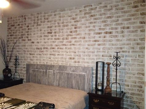 distressed walls tutorial distressed sponge painted brick wall home pinterest
