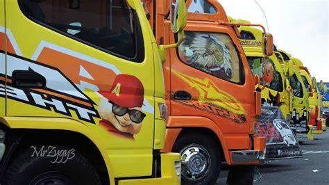 kamt mitsubishi fuso canter isuzu elf truck festival