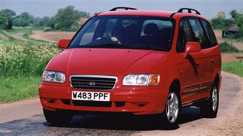 hyundai trajet review hyundai trajet estate review 2000 2006 parkers