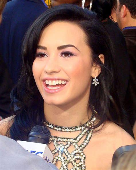 celebrity hub celebrity hub celebrity quotes and gossip