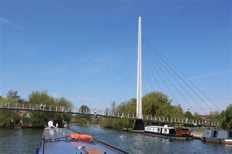 thames river cruise offers boating holidays river thames website book online today