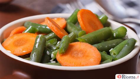 cucinare carote lesse ricetta torta camilla di carote consigli e ingredienti