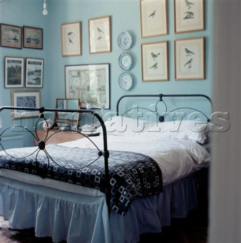 images of country style bedrooms el002 18 country style bedroom with ornate cast iron narratives photo agency