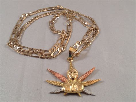 cadenas de oro jesus jesus malverde three gold necklace marijuana leaf rosario