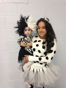 halloween costumes for mom and toddler 25 best ideas about mother daughter halloween costumes on
