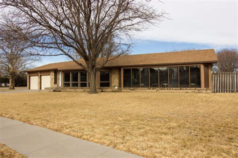 Coldwell Banker Garden City Ks by Coldwell Banker Garden City Ks Garden Ftempo