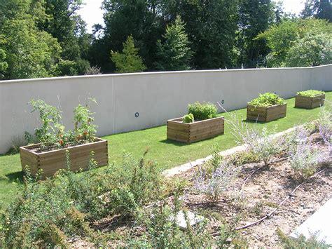 paysagiste pour cr 233 ation de jardin 224 cailloux sur fontaines nature et sens