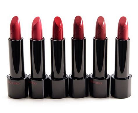 Pelembab Shiseido 10 merk lipstik untuk bibir kering yang bagus berkualitas