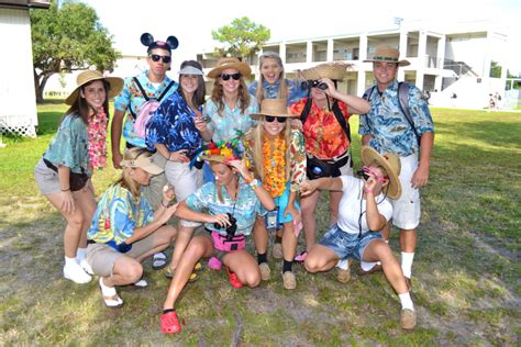 PHOTO GALLERY: Sarasota High School Tacky Tourist Day