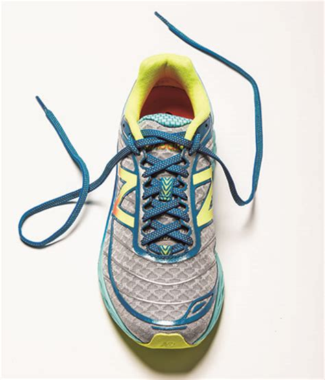 lacing running shoes 3 ways to lace up your running shoes competitor