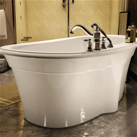 Maax Bathtubs Reviews by Maax 105744 000 Ella 6636 Freestanding Soaker Tub