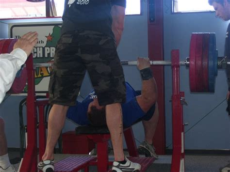 benching 500 lbs my road to a 500 pound raw bench biggerstrongersmarter