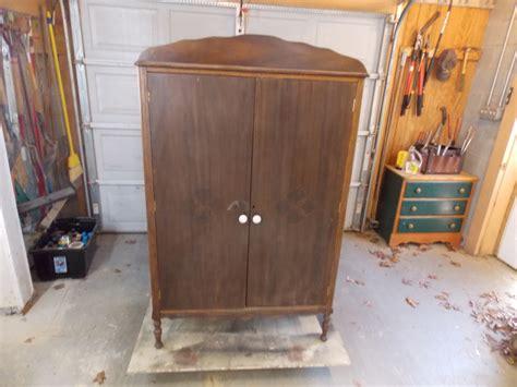 lacar muebles antiguos renovar muebles antiguos lacar muebles antiguos como