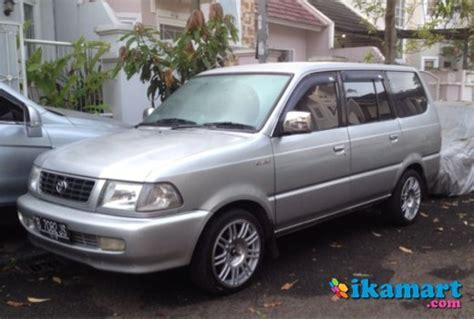 Toyota Kijang Lgx 2 0 Tahun 2000 jual toyota kijang lgx 2 0l efi 2000 silver mobil