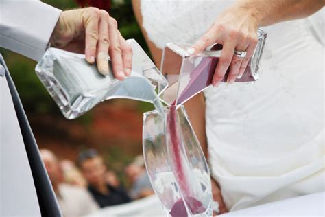 wedding traditions sand pouring ceremony unity sand ceremony celebrants gold coast weddings