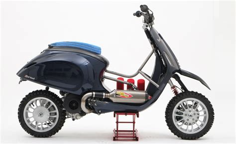 Modifikasi Motor Vespa You by The Vespa Desert Racer Throttle Roll