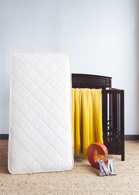 Crib Mattress Non Toxic by The Best Organic Crib Mattresses The 8 Healthiest