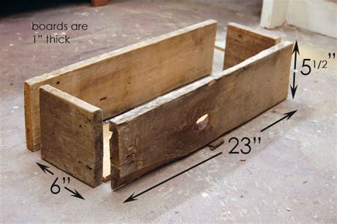 Simple Planter Box by How To Build A Simple Rustic Planter Box The Of Doing