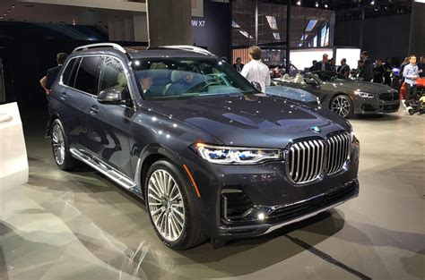 Who Makes Bmw by Bmw X7 Makes Show Debut At La Autocar