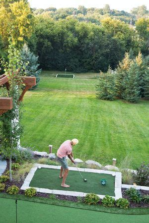 moms design build backyard golf driving range green