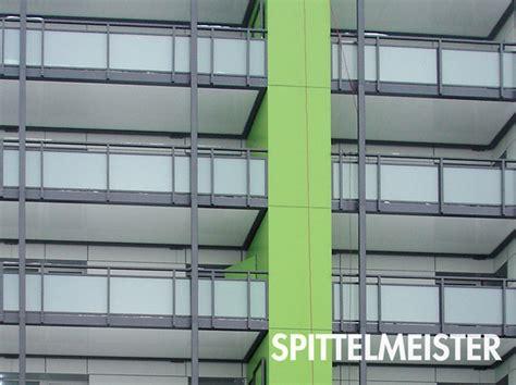 wetterfester schrank balkon balkonschrank einbauen schrank f 252 r balkon