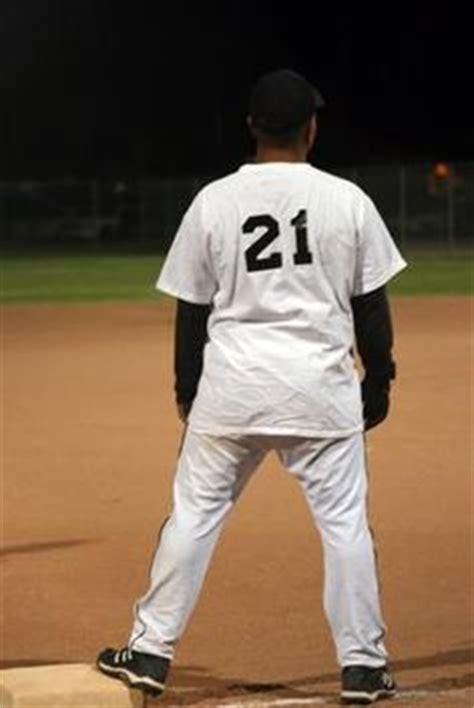 slow pitch softball swing mechanics the gamer slow pitch softball tips slow pitch softball