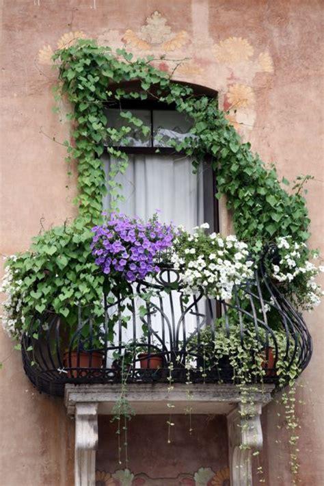 idee balconi fioriti balconi fioriti consigli pratici idee e suggerimenti su