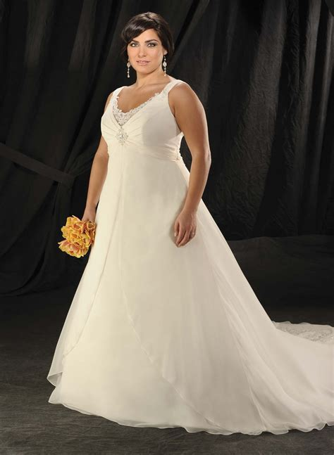 Plu Size Wedding Dresses by Inspiring Plus Size Wedding Dresses With Straps Wedwebtalks