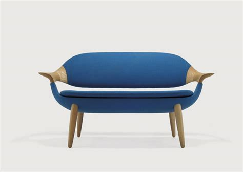 Organic Sofas by Organic Shaped Sofa Design For Modern Spaces With A Twist